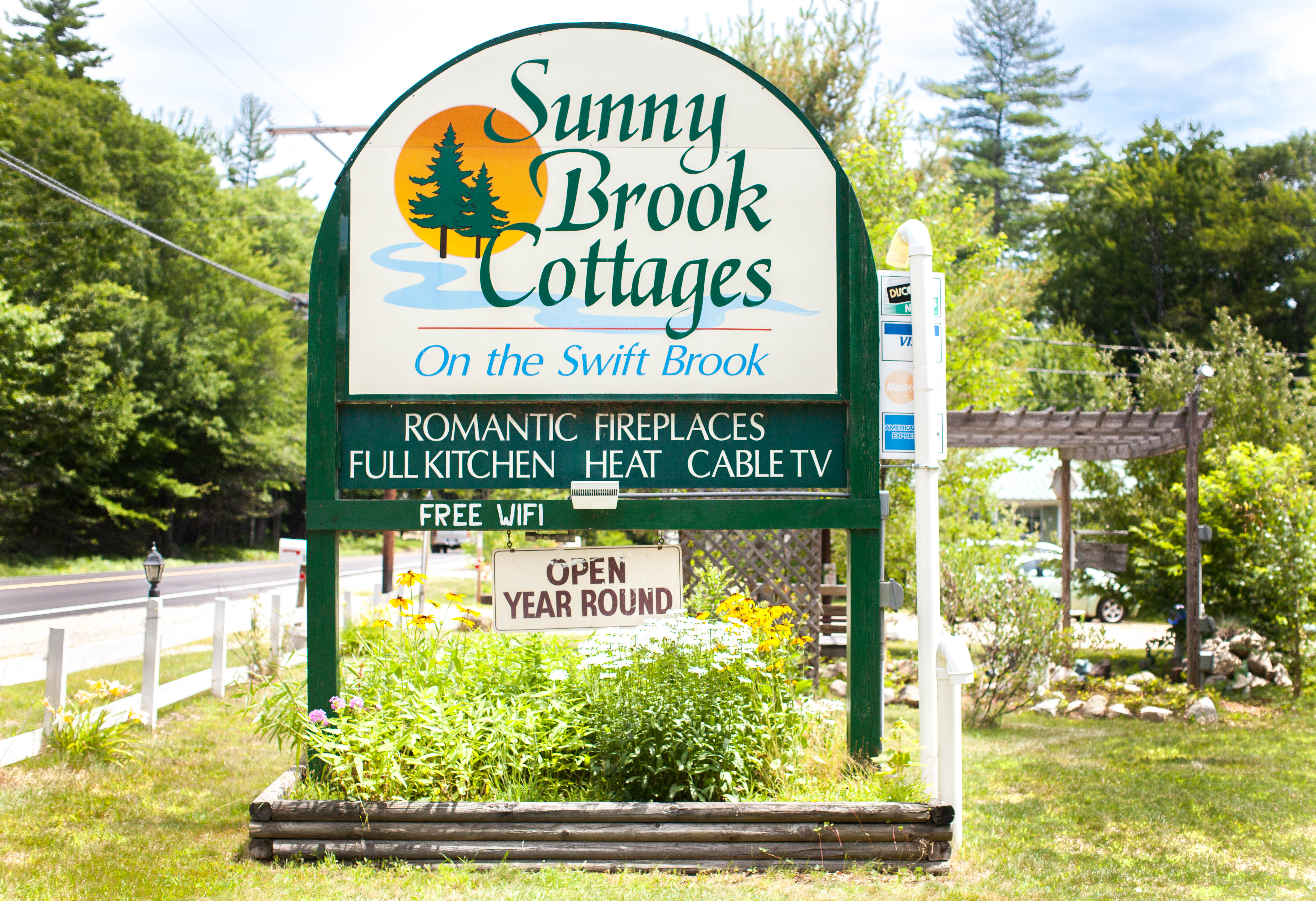 Bring Your Pets to Sunny Brook Cottages!